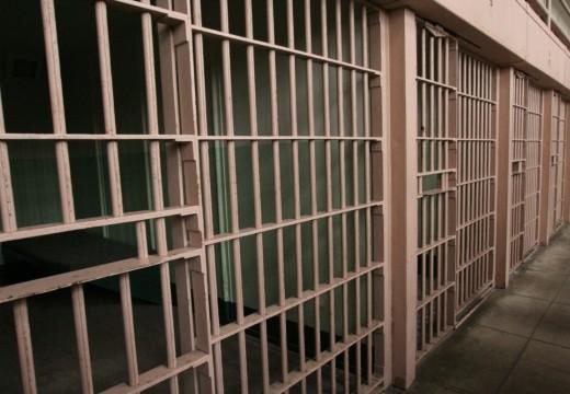 Politimesteren glad for nytt fengsel
