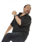 Komiker Christer Torjussen har flere ting å si om rutebilstasjonen i Kristisansand