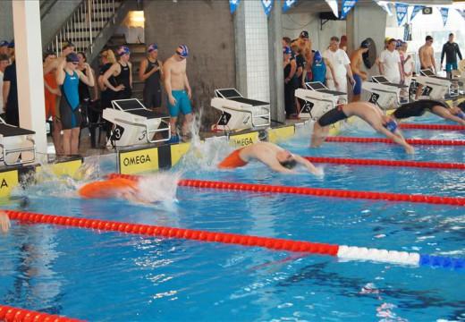 Lover norgesrekorder i Aquarama i helgen