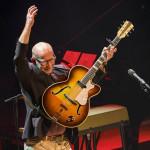 Den 14. mars spilte Jonas Fjeld for en full konsertsal i Kilden. Foto: Tor Erik Scrøder -  www.kengurufoto.no