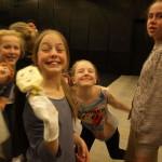Eline, Sofie og Maren helt til venstre. Foto: AK Danielsen