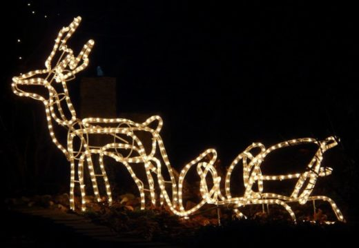 Julelys til en tier