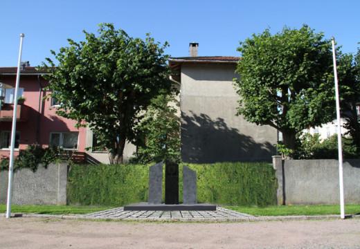 Avduker minnesmerke i Tresse