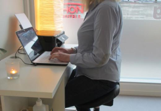 Bli kvitt kontorskuldre – fem enkle tips