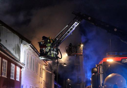 To hus totalskadet etter brann i Posebyen