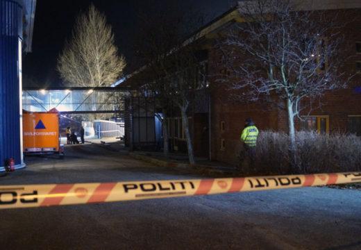 To døde etter knivstikking